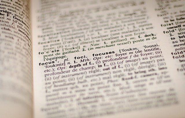 pagina-de-um-dicionario-aberto